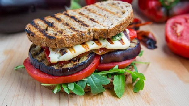 Mexican grilled sandwich recipe by chef fauzia appetizer and snack mexican grilled sandwich recipe by chef fauzia appetizer and snack recipes in english forumfinder Gallery