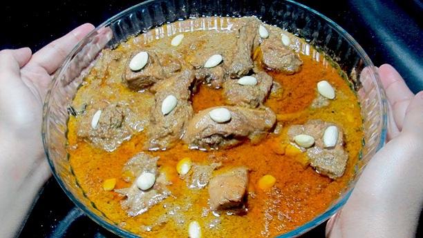 مرغی کا بادامی قورمہ