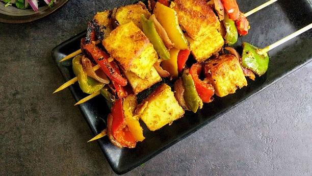 پنیر تکہ by Rukaiya Abbas
