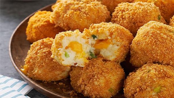 Quick Cheesy Potato Balls
