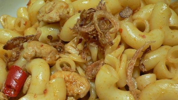 روسٹ گوشت اور میکرونی