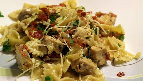 Roasted Garlic Chicken Pasta