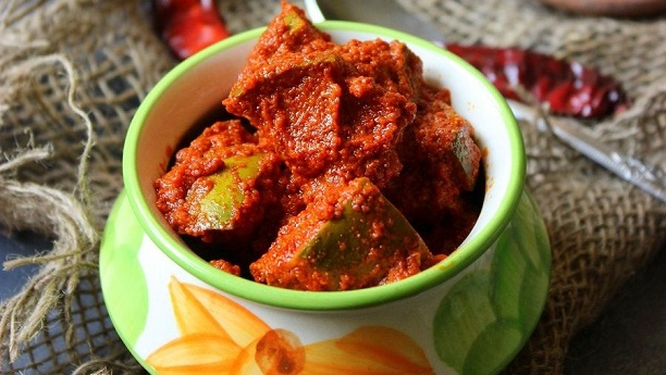 SPICY MANGO PICKLE