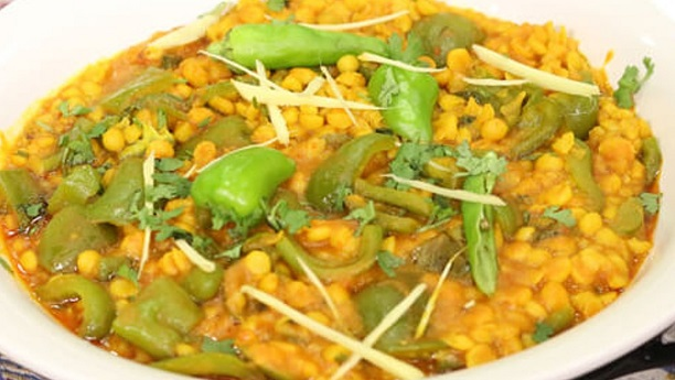 Shimla Mirch Aur Daal Chana