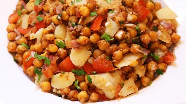 Spicy Chana Chat by Aneela Rizwan