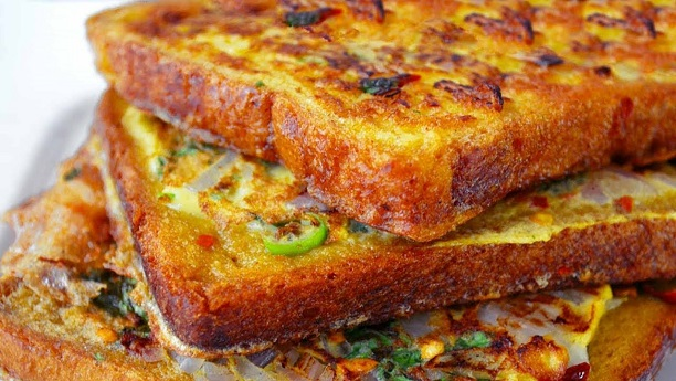 Spicy Omelet Toast Recipe