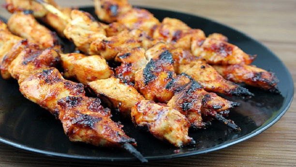 Sticky chicken skewers Recipe