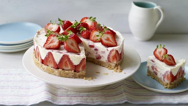 اسٹرابیری چیز کیک