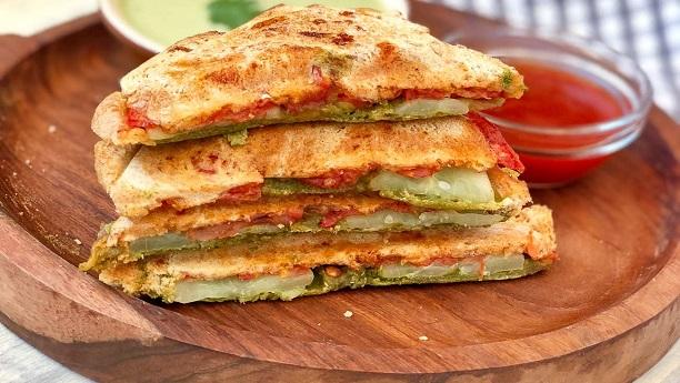 ٹماٹر اور کھیرے کے سینڈ وچز by Chef Samina Jalil