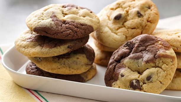 Two tone Chocolate Chip Biscuits By Shireen Anwar