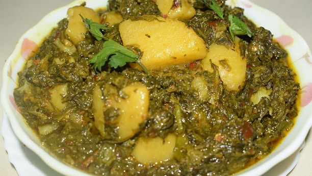 aloo or palak ki kalongi Recipe