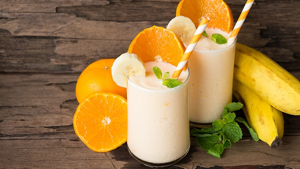 Banana & Orange Shake By Chef Fauzia