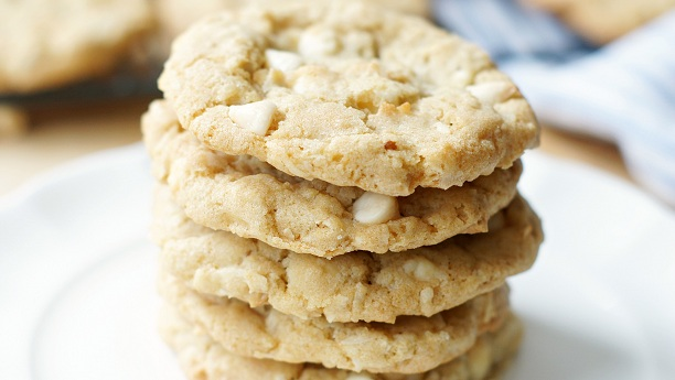 cashew and coconut cookies