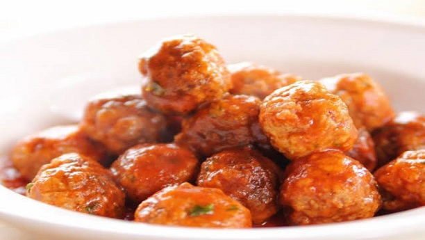 Chicken Balls with Spicy Sauce