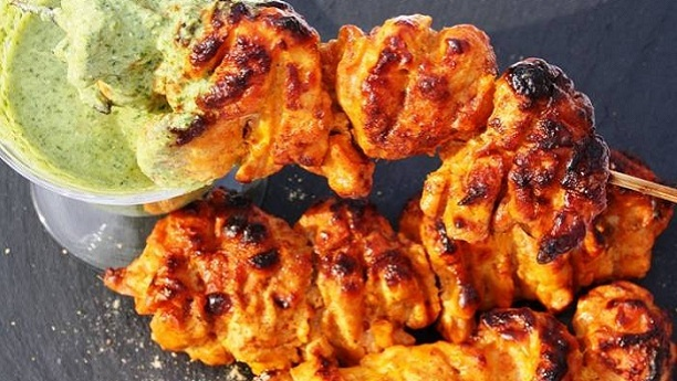 chicken bons less tikka