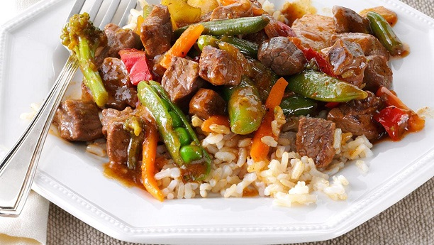 Chinies Beef And Vegetables With Fried Rice