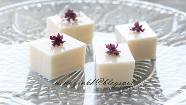 Coconut jelly pudding