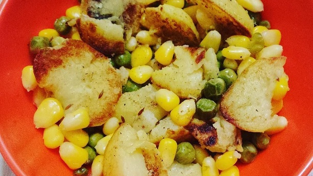 Corn and peas Chaat