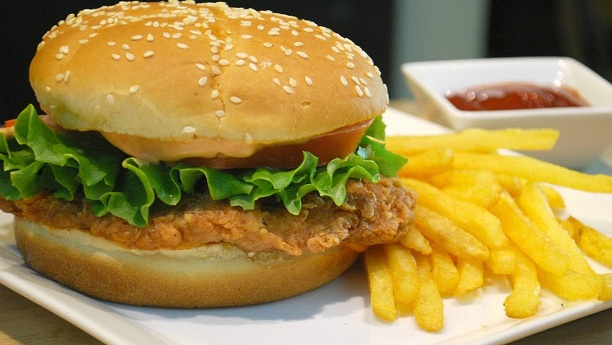 Crispy Chicken Burger by Samina