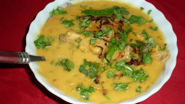 Daal with Chicken Tarka