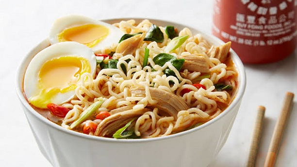 Fried Noodles Chicken Soup