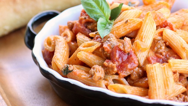 Pasta with Sausage, Tomatoes, Cream