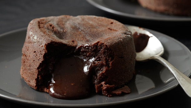 Quick Chocolate Molten Cake