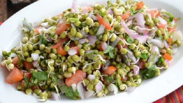 Sprouts Diet Salad