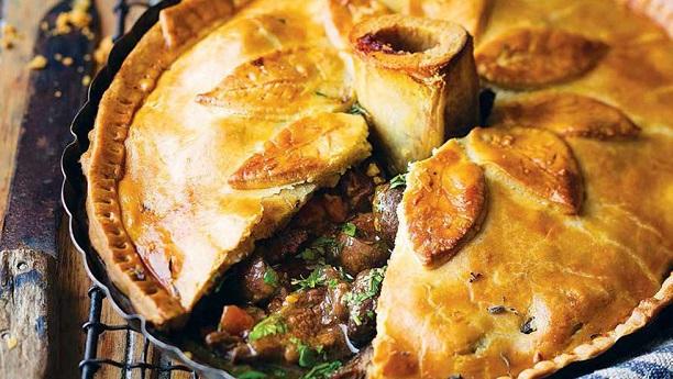 Steak and Kidney Pie Recipe By Chef Gulzar | Eid-ul-Adha ...