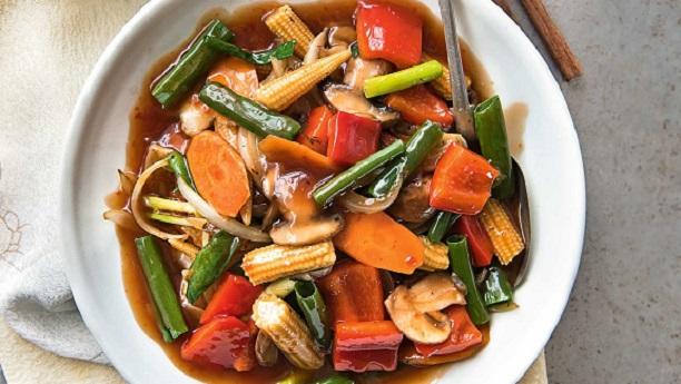 sweet n sour vege  n ginger/ garlic salad
