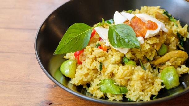 Thai Fried Rice with Chicken and Basil Leaves