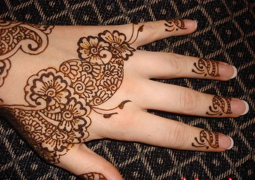 Newest Beautiful Eid Mehndi Designs 2015