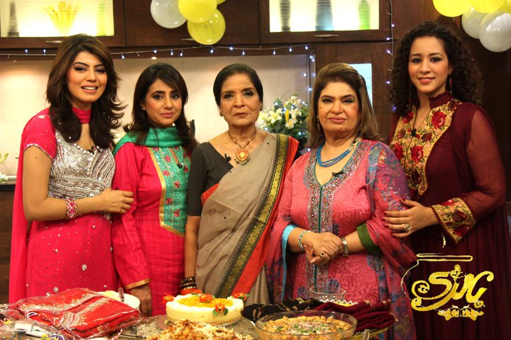 Zubaida Tariq With Rida Aftab Amp Shireen Anwar Chef Image
