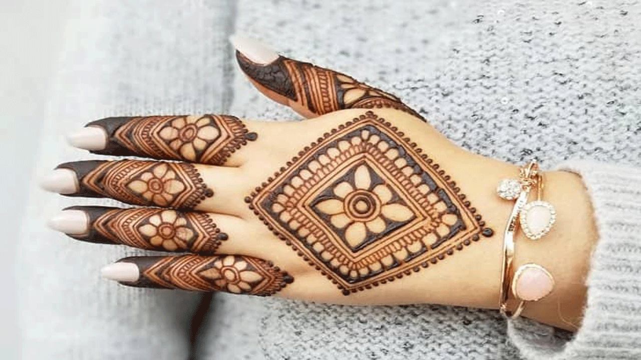 Latest Unique Mehandi Design 2020
