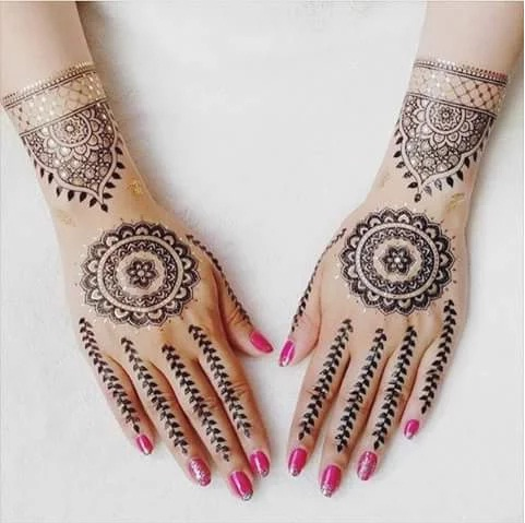 Unique Mehndi Ideas for Girls 2015