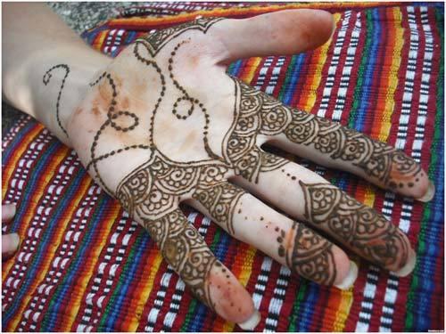 Simple Mehndi Designs By Mah Rose Beauty Parlour