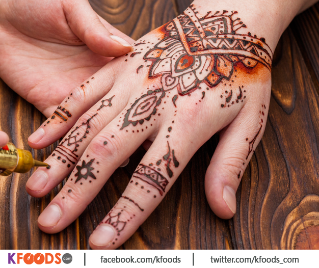 Mehndi Design By Rose Beauty Parlor