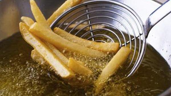 Tips for Frying with Less Oil Consumption