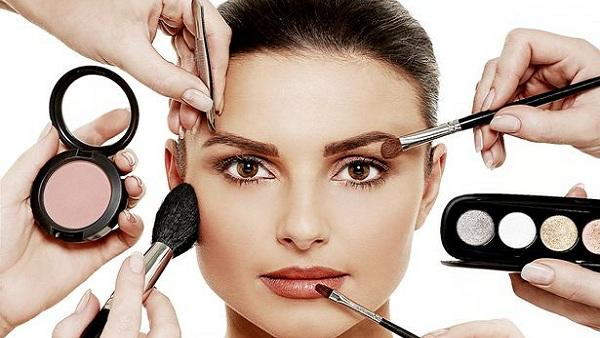 Tips For Perfect Party Make Up